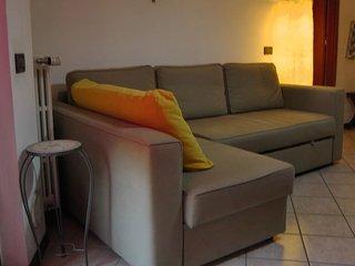 Bilocale di pregio TORRI LOMBARDE - San Donato Milanese vacation rentals