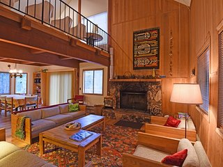 Charming House with Internet Access and Central Heating - Tahoe Vista vacation rentals