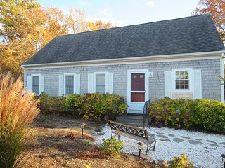 5 Nehoiden Street Harwich Port Cape Cod - Harwich Cape Escape - Harwich Port vacation rentals