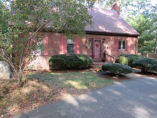 Charming 3 bedroom House in Mashpee - Mashpee vacation rentals