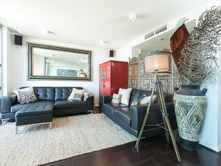 2 bed home with views located in Rose Bay Village - Rose Bay vacation rentals