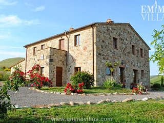 Lovely 5 bedroom Celle sul Rigo Villa with Internet Access - Celle sul Rigo vacation rentals