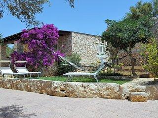 graziosa villetta in stile dammuso - Lampedusa vacation rentals