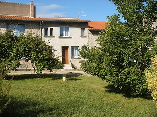 La petite maison de village - House with one room in Corneilla-de-Conflent, with  mountain view and garden - Corneilla-de-Conflent vacation rentals