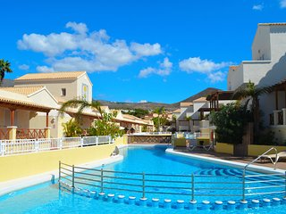Duplex Golf y Playa - Los Cristianos vacation rentals