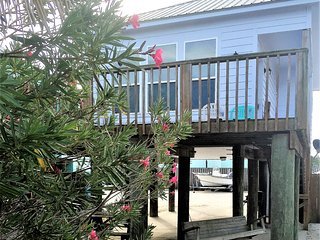 Beautiful Condo with Deck and Internet Access - Dauphin Island vacation rentals