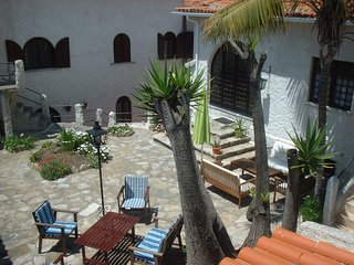 Traditional Portuguese village - Atouguia da Baleia vacation rentals