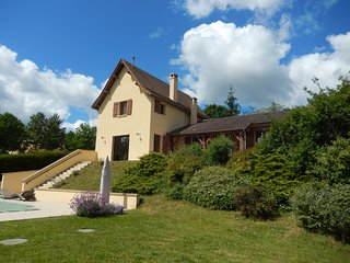 4 bedroom House with Internet Access in Cenac-et-Saint-Julien - Cenac-et-Saint-Julien vacation rentals