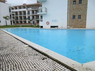 RT AG - São Martinho do Porto - Modern apartment with 3 bedrooms and shared pool - Sao Martinho do Porto vacation rentals