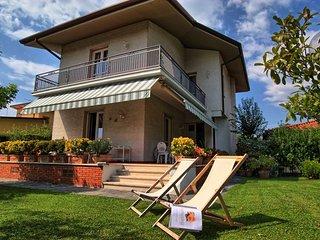 Lovely 4 bedroom Villa in Forte Dei Marmi - Forte Dei Marmi vacation rentals