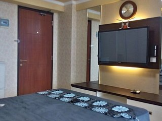 Strategic affordable private room in South Jakarta - Jakarta vacation rentals