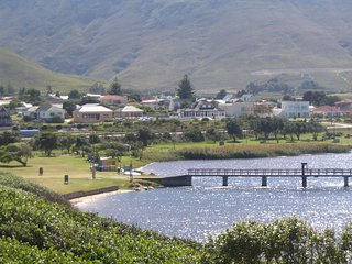 180° view of beach, lagoon, mountain, tennis courts. Central to all amenities. - Kleinmond vacation rentals