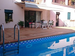 Perfect House with Internet Access and Private Outdoor Pool - Camallera vacation rentals