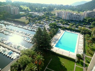 [531la] IDEAL FAMILLE -WIFI-PISCINE-CLIM-PARKNG - Mandelieu La Napoule vacation rentals