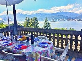 Nice 3 bedroom Apartment in Stresa with Balcony - Stresa vacation rentals