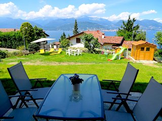 Sunny 1 bedroom Apartment in Stresa with Deck - Stresa vacation rentals