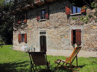 Beautiful Condo with Internet Access and Mountain Views - Cossogno vacation rentals