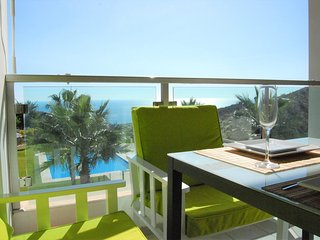 Perfect 2 bedroom Malaga Condo with Internet Access - Malaga vacation rentals