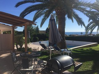 Beautiful 2 Bedroom by the pool with sea view - Estepona vacation rentals