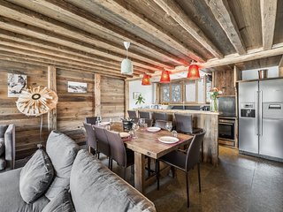 Charming 4 bedroom Val d'Isère Villa with Internet Access - Val d'Isère vacation rentals