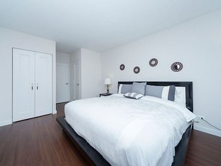 Luxury 1 Bedroom Murray Hill Center Manhattan blocs from Empire State Building - New York City vacation rentals