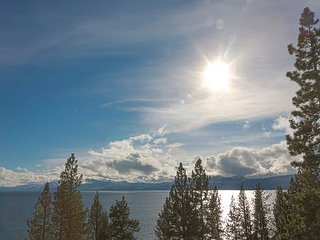*** Dardanelles - Stunning Lake Views from this 4 BR Dollar Point Home *** - Tahoe City vacation rentals