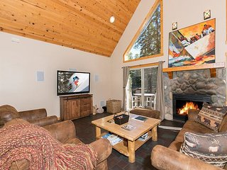 Interlakken - Beautiful West Shore Pet-friendly 3 BR - Walk to Lake! - Homewood vacation rentals