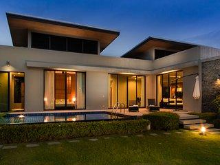 3 BEDROOMS MODERN LUXURY VILLA CLOSE TO NAIHARN BEACH - Nai Harn vacation rentals