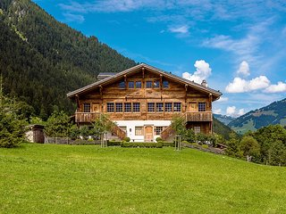 Chalet Lauenen, Sleeps 14 - Lauenen vacation rentals