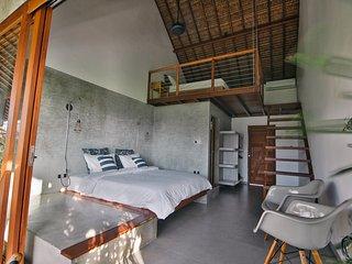 Loft 2 to 4, High comfort, Pool, beach 300m, Vassani Stay #3 - Canggu vacation rentals