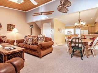 Family Friendly Townhome, Great Value, Steps to Bus, Minutes to Slopes! - Vail vacation rentals