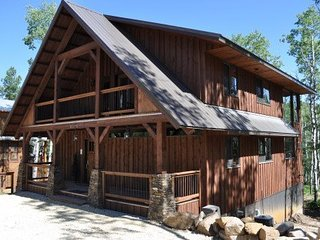 Perfect 5 bedroom Lead House with Hot Tub - Lead vacation rentals
