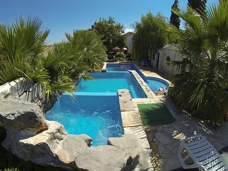 House for family and groups Sutivan Island Brač - Sutivan vacation rentals