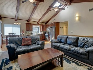 Relax in style at this cozy, family-friendly cabin with a game room - Big Bear Lake vacation rentals