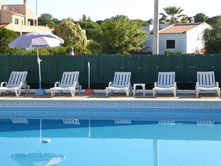 2 bedroom Condo with Internet Access in Olhos de Agua - Olhos de Agua vacation rentals