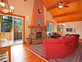 Deluxe 5 BR Home in Dollar Point with 3 Levels, 2 Master BR - From $500/nt - Dollar Point vacation rentals