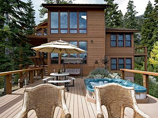 Eagles Nest - 5 BR w. Stunning Mountain Views, Hot tub & Pool Table - Alpine Meadows vacation rentals