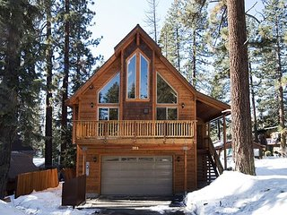 RedCedar -Beautiful 3 BR w/ Gorgeous Furnishings in Tahoe City - From $280/nt - Tahoe City vacation rentals