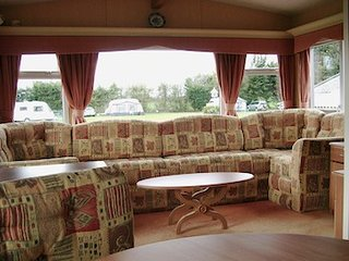 Cozy Caravan/mobile home in Norwich with Deck, sleeps 4 - Norwich vacation rentals