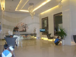 Apartment at Jazz Residences by LinkedinRings - Makati vacation rentals