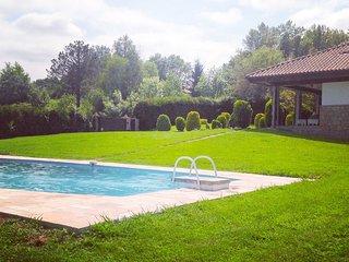 Maison d'architecte avec piscine à HONDARRIBIA - Hondarribia vacation rentals