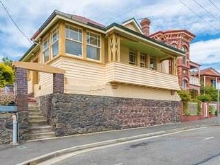 Vacation rentals in Launceston