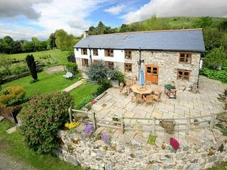 Beautiful contemporary farm house with fantastic views - Llanrhaeadr ym Mochnant vacation rentals