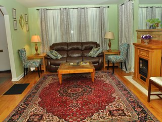 3 bedroom House with Television in Silver Spring - Silver Spring vacation rentals