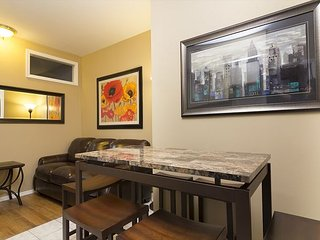 Times Square 3BR apt (8351) - New York City vacation rentals