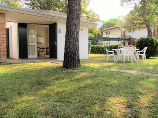Villa 8 Guests Near the Beach - Air Conditioning - Private Garden - Bibione Pineda vacation rentals
