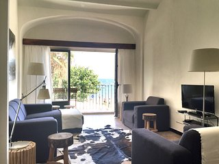 spacious apartment, few steps from the beach - Cadaques vacation rentals