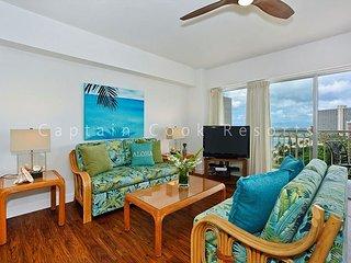 Oceanview 1-bedroom, full kitchen, washer/dryer, A/C, WiFi, sleeps 4. - Waikiki vacation rentals