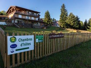 LA POURVOIRIE DU LAC : Chambre d'hôtes L'occitane - Vassiviere vacation rentals