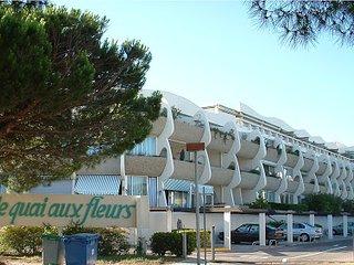 LOCATION STUDIO 22 m2 plage sud PORT CAMARGUE - Port Camargue vacation rentals